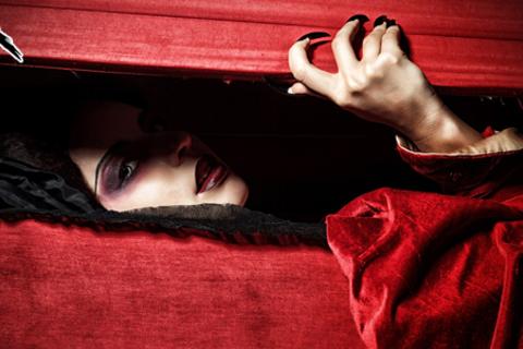Квест «Шёпот мёртвых» для команды до 6 человек в будние или выходные дни. Скидка до 57%