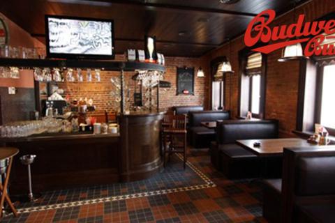 Меню и напитки, чешское пенное фирменного бренда и другие напитки в ресторане Budweiser Budvar. Неизменные традиции и отличный сервис! Лучший ресторан на метро Добрынинская! Скидка 50%