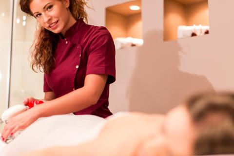 Абонементы на 1, 3 или 6 месяцев безлимитного посещения сеансов LPG-массажа на аппарате B-Flexy, кавитации и RF-лифтинга тела в новом салоне премиум-класса «Покровский дворик». Скидка до 95%