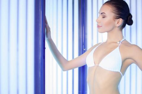Абонементы в вертикальный солярий в салоне красоты «Элис»: до 300 минут или безлимитное посещение в течение месяца! Скидка до 80%